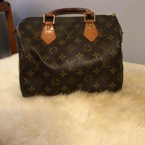 Louis Vuitton Bags - Louis Vuitton Speedy 25 15ceb2b920c13